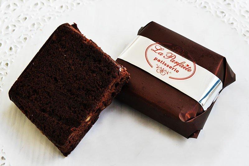 Brownies από τα ζαχαροπλαστεία La Parfaite.
