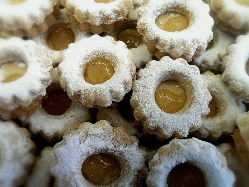 Μπισκότα La Parfaite, Λεωφόρος Γρίβα Διγενή 63, Λευκωσία, Κύπρος. Τηλέφωνο : 22 661 412